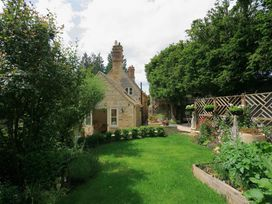 The Lodge - Cotswolds - 988736 - thumbnail photo 16