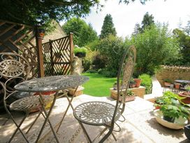 The Lodge - Cotswolds - 988736 - thumbnail photo 19