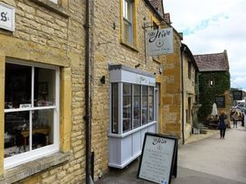 The Hive - Cotswolds - 988738 - thumbnail photo 24