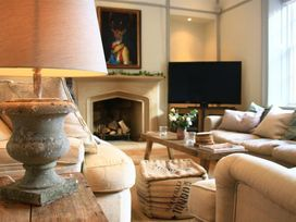 Cotswold House - Cotswolds - 988742 - thumbnail photo 8