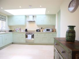 Number 11, Hollywell - Cotswolds - 988744 - thumbnail photo 4