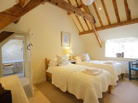 Number 11, Hollywell - Cotswolds - 988744 - thumbnail photo 20