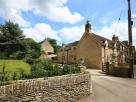Number 11, Hollywell - Cotswolds - 988744 - thumbnail photo 29