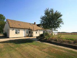 5 bedroom Cottage for rent in Witney