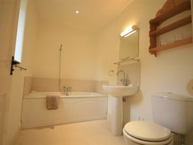 Dairy Cottage - Somerset & Wiltshire - 988761 - thumbnail photo 13