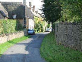 Pear Tree Cottage - Cotswolds - 988766 - thumbnail photo 28