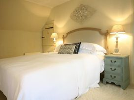 Pear Tree Cottage - Cotswolds - 988766 - thumbnail photo 18