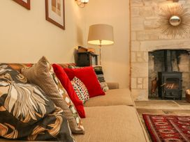 Bull Cottage - Cotswolds - 988773 - thumbnail photo 18
