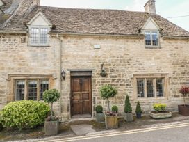 Bull Cottage - Cotswolds - 988773 - thumbnail photo 1