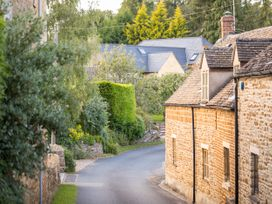 Orchard House - Cotswolds - 988776 - thumbnail photo 30