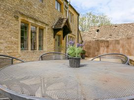The Smithy - Cotswolds - 988779 - thumbnail photo 21