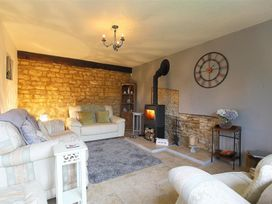 Honeystone Cottage - Cotswolds - 988788 - thumbnail photo 4