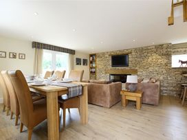 Old Groom's Cottage - Cotswolds - 988796 - thumbnail photo 2