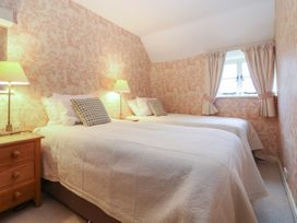 Spring Cottage - Cotswolds - 988802 - thumbnail photo 13