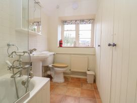 Spring Cottage - Cotswolds - 988802 - thumbnail photo 14