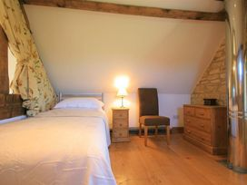 Calcot Peak Barn - Cotswolds - 988803 - thumbnail photo 10