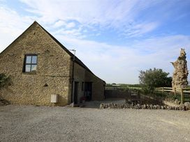 The Old Oak Tree Barn - Cotswolds - 988820 - thumbnail photo 1
