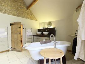 Castle Combe Cottage - Somerset & Wiltshire - 988862 - thumbnail photo 22
