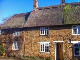 Hooky Cottage - Cotswolds - 988863 - thumbnail photo 1