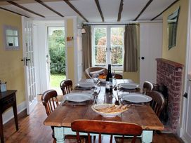 Gun Hill Cottage - Kent & Sussex - 988889 - thumbnail photo 10
