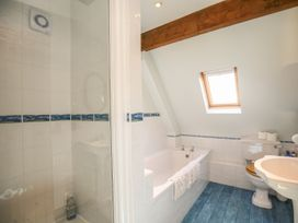The Coach House - Devon - 988906 - thumbnail photo 16