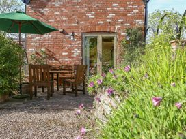 The Coach House - Devon - 988906 - thumbnail photo 19