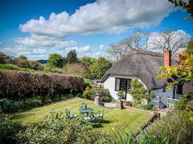 3 bedroom Cottage for rent in Warminster