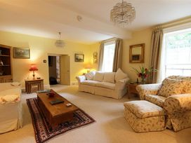 Dean Hall - Cotswolds - 988932 - thumbnail photo 6