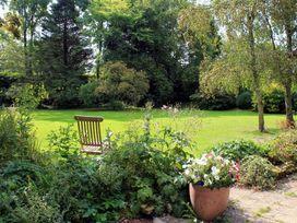 Droop Farm Cottage - Dorset - 988951 - thumbnail photo 6