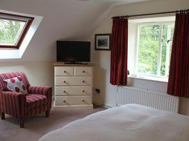 Droop Farm Cottage - Dorset - 988951 - thumbnail photo 18