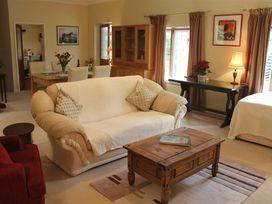 Middle Farm Cottage - Somerset & Wiltshire - 988960 - thumbnail photo 6