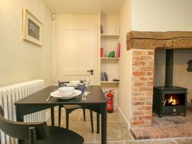 Kings Cottage - North - Somerset & Wiltshire - 988964 - thumbnail photo 4