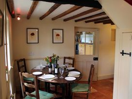 Manor Cottage - Somerset & Wiltshire - 988965 - thumbnail photo 11