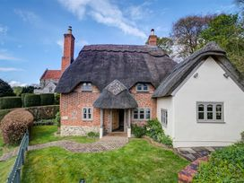 Cosy Cot - Somerset & Wiltshire - 988969 - thumbnail photo 1