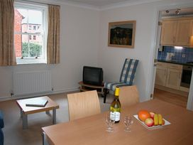 Charter Court - Somerset & Wiltshire - 988970 - thumbnail photo 6