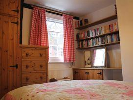Thimble Cottage - Somerset & Wiltshire - 988971 - thumbnail photo 8