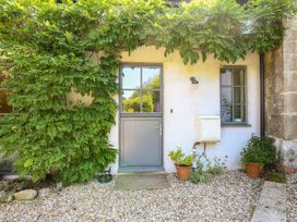 4 bedroom Cottage for rent in Salisbury