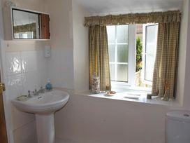 Homelea - Dorset - 988984 - thumbnail photo 14