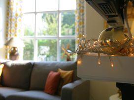 Honeysuckle Cottage - Cotswolds - 988991 - thumbnail photo 8