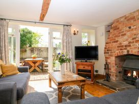 Henmarsh Cottage - Cotswolds - 988992 - thumbnail photo 2