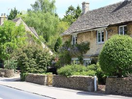 Claypot Cottage - Cotswolds - 988995 - thumbnail photo 2