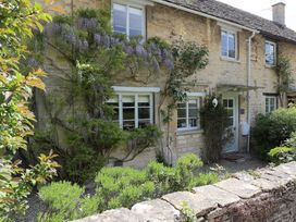 Claypot Cottage - Cotswolds - 988995 - thumbnail photo 4