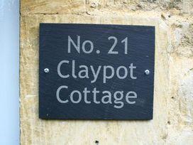 Claypot Cottage - Cotswolds - 988995 - thumbnail photo 3