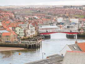 The Hideaway - Whitby & North Yorkshire - 989079 - thumbnail photo 12