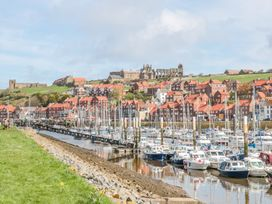 The Hideaway - Whitby & North Yorkshire - 989079 - thumbnail photo 14