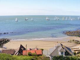 Sea Breeze - Isle of Wight & Hampshire - 989136 - thumbnail photo 22
