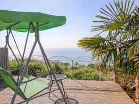 Sea Breeze - Isle of Wight & Hampshire - 989136 - thumbnail photo 14