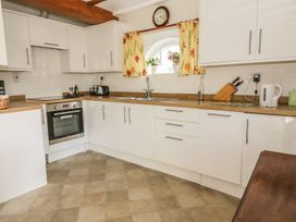 Stable Cottage - Suffolk & Essex - 989260 - thumbnail photo 4