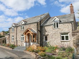 5 bedroom Cottage for rent in Combe Martin