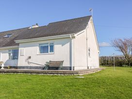 Llain Bach - Anglesey - 989679 - thumbnail photo 3